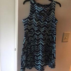 Zig zag cut out dress-XL